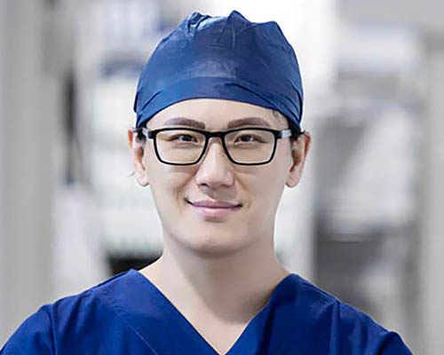 Dr Young Yu
