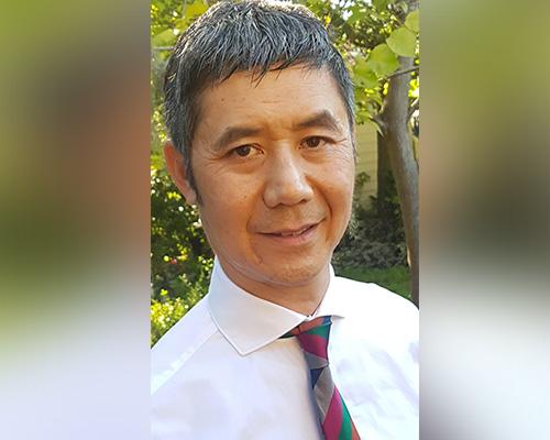Dr Geoffrey Au